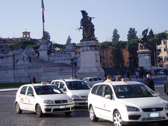 Los taxis de Roma empiezan a cobrar con Bitcoin