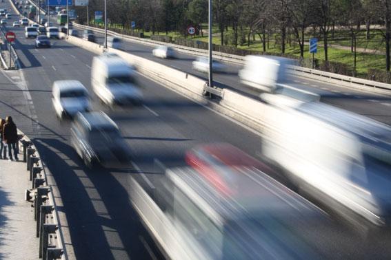 El exceso de velocidad en carretera provoca 300 muertes al año