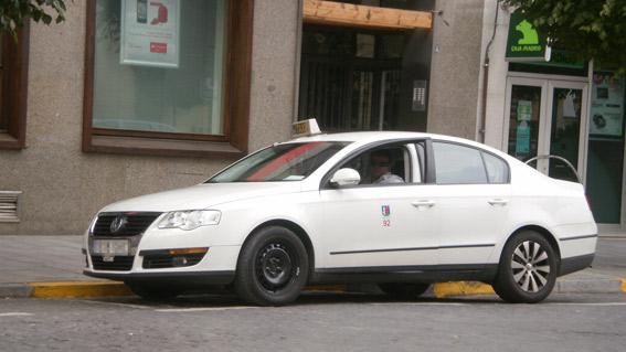 El taxi de Badajoz oferta viajes baratos a los universitarios