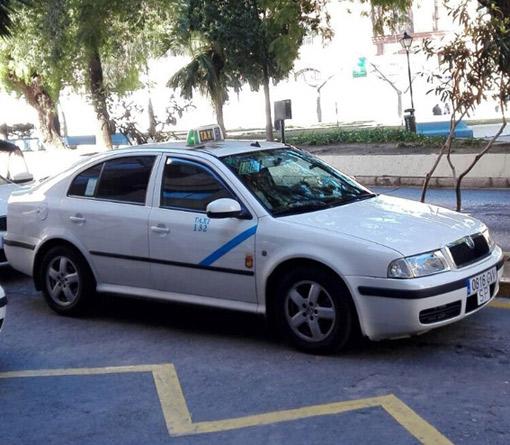 Inmovilizados  20 taxis pirata en Málaga