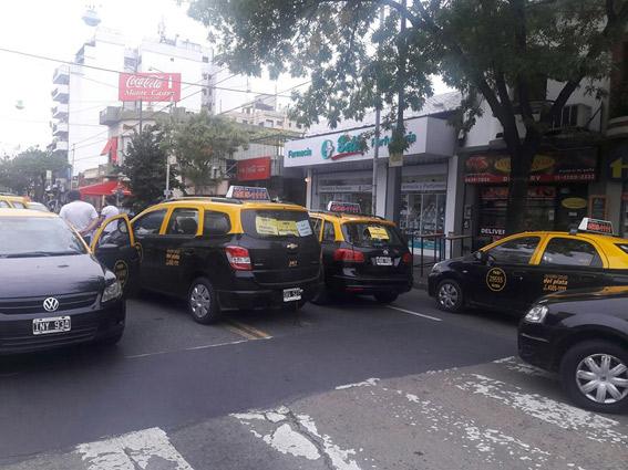 Uber es suspendida cautelarmente en Buenos Aires
