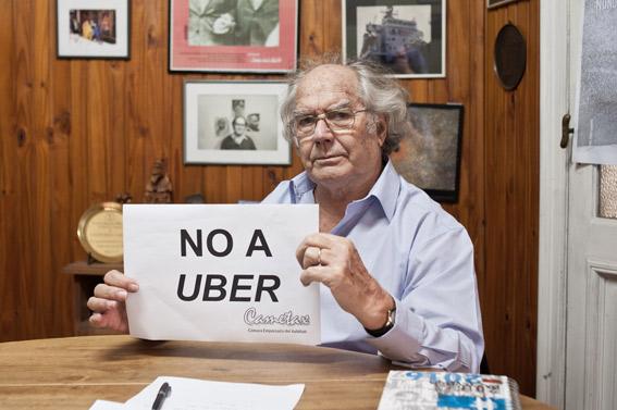 Un `Premio Nobel de la Paz´ defiende al taxi frente a Uber