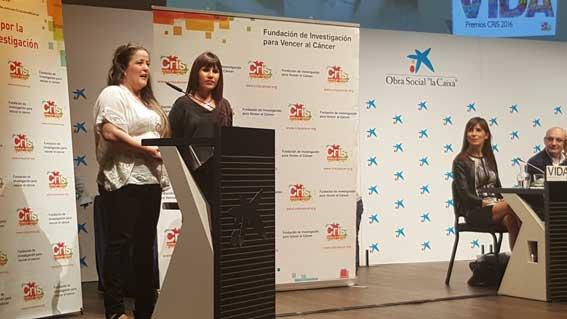Cris Contra el C�ncer premia las pulseras solidarias del taxi