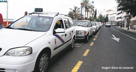 Arrecife debatirá con los taxistas la modificación del reglamento