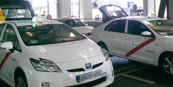Hasta 3.000 euros de ayudas para taxis 'eco'