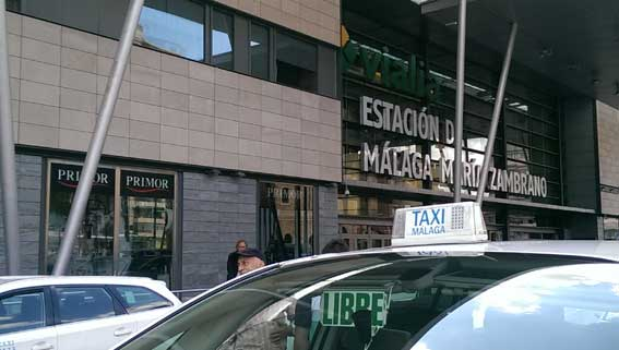 El taxi solicita al alcalde de Málaga una base de datos de VTCs