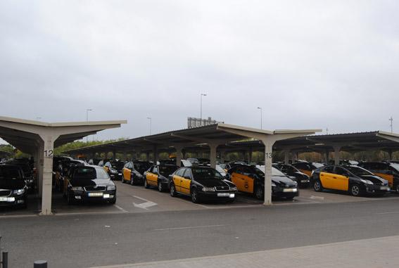 Acordada la nueva regulación del taxi en Barcelona