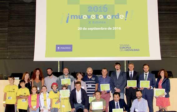 El taxi el�ctrico, premio Mu�vete Verde 2016