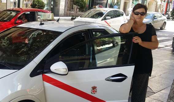 """""""Este es un reconocimiento a todas las mujeres que trabajamos el taxi"""""""