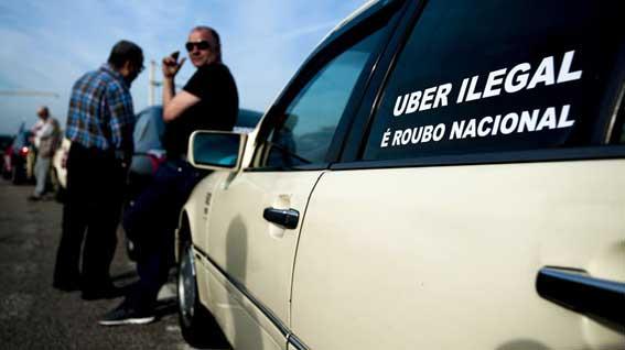 Taxistas de Portugal mantienen las protestas contra Uber