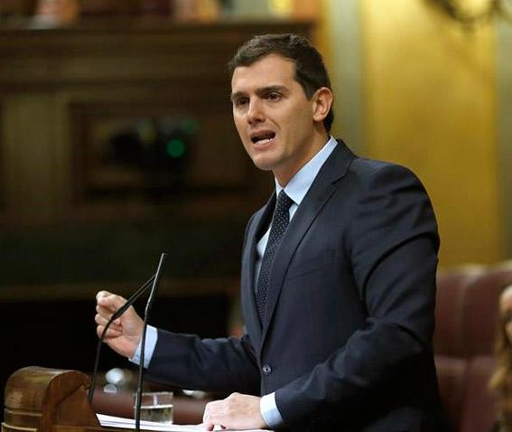 Rivera anuncia una próxima reforma de la ley de autónomos