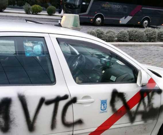 Actos vandálicos contra taxis madrileños