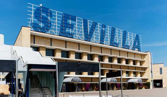 Piden la suspensión de la asociación del aeropuerto de Sevilla
