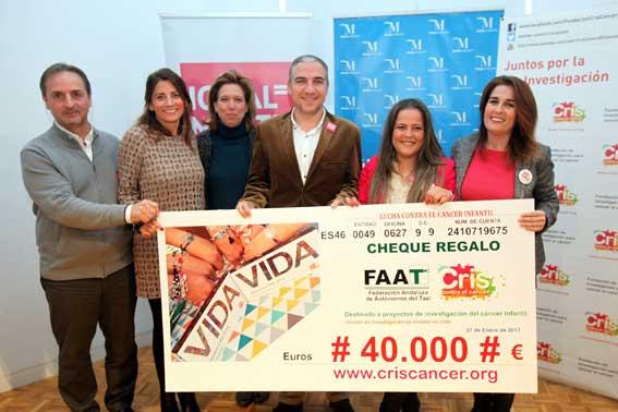 Taxistas donan 40.000euros contra el cáncer