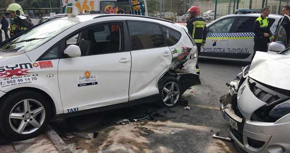 Fallece un taxista de Fuengirola tras ser atropellado en la parada