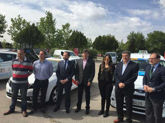 Hasta 8.000 euros para taxis eléctricos