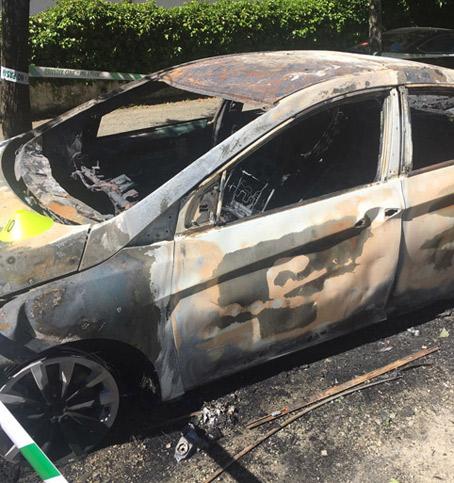 Dos taxistas investigados en la reapertura del caso de la quema de VTC en Sevilla