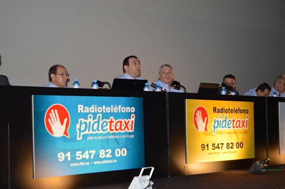 Los socios de RTT incorporan al taxista colaborador
