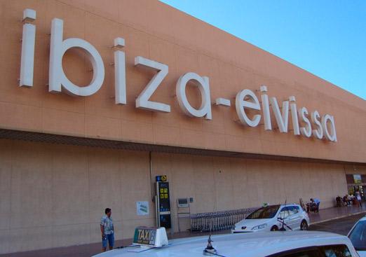 Solicitan al Consell de Ibiza que implante taxis de siete plazas