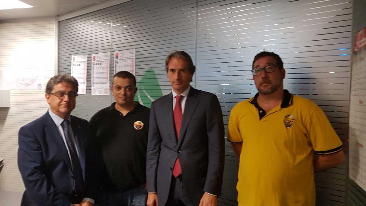 Representantes de Élite Barcelona se reúnen con De la Serna