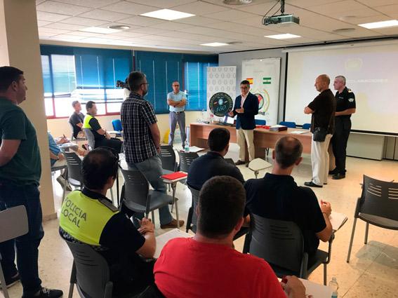 La Policía ofrece cursos para luchar contra el intrusismo de las VTC