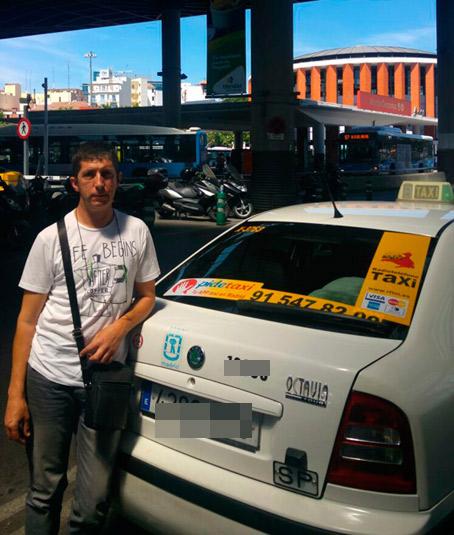 Taxista devuelve a sus dueños una maleta olvidada con 6.000 euros