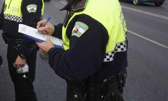 Sancionados 2 vehículos pirata en Córdoba