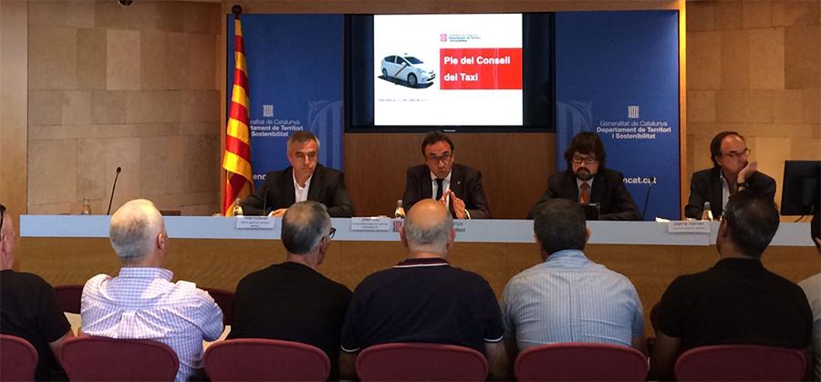 Competencia critica el nuevo decreto regulador de las VTCs en Cataluña