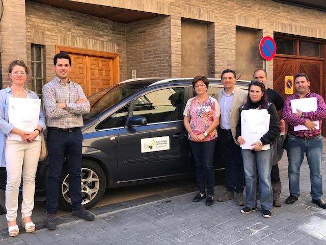 Nuevos distintivos corporativos para el taxi de La Rioja Baja