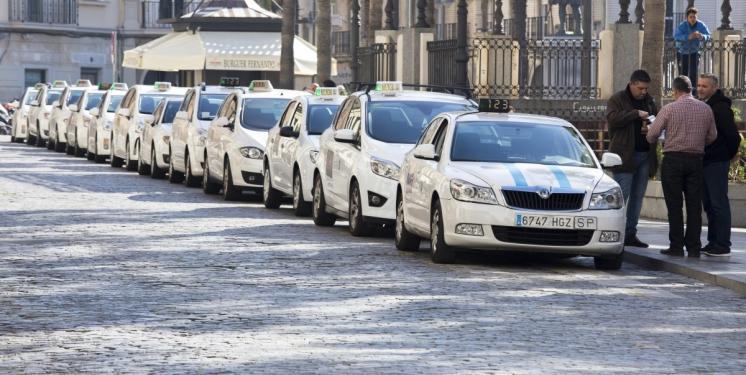 Taxistas de Huelva podrán solicitar desde hoy ayudas al Ayuntamiento