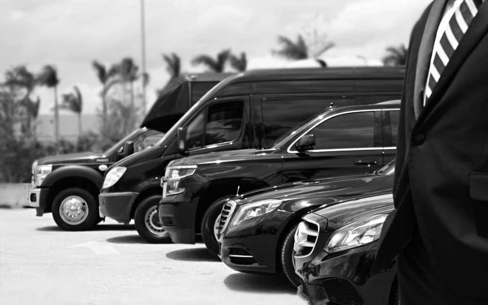 3.000 VTCs amenazan el futuro del taxi en Barcelona