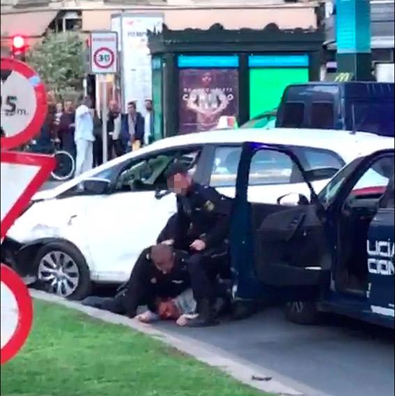 Detenido un atracador tras robar un taxi a punta de pistola