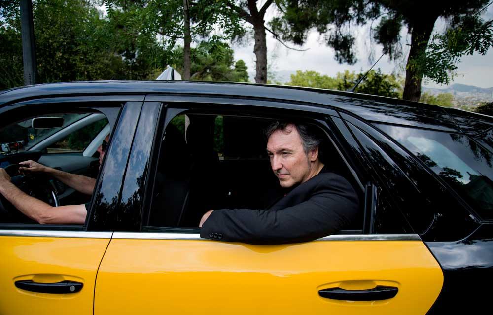 """""""Todo el mundo siente la necesidad de contar su historia al taxista"""""""