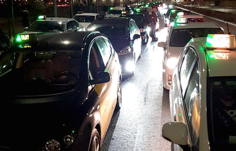 El taxi valora de forma positiva el nuevo RDL de VTC