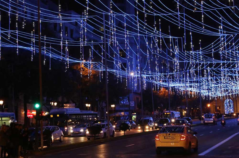 Madrid refuerza el servicio de taxi en Navidad