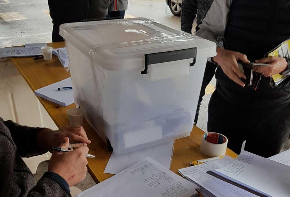 Comienza el referéndum para decidir si el taxi para de forma indefinida
