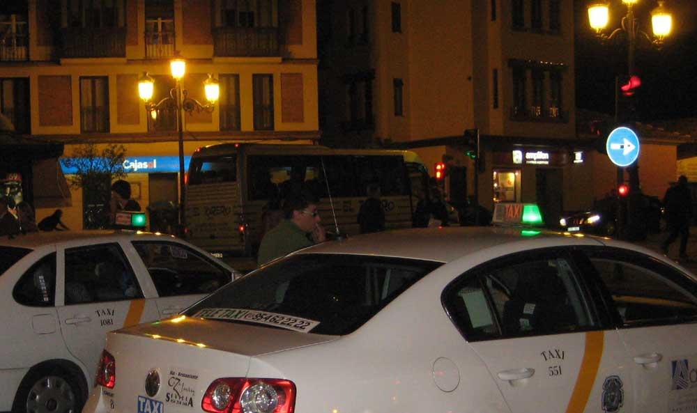 Más taxis en Sevilla durante los fines de semana