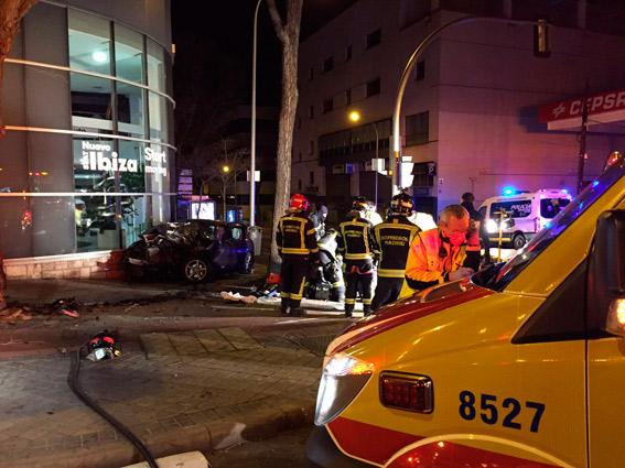 Tres heridos en Madrid tras el choque de un turismo con un taxi