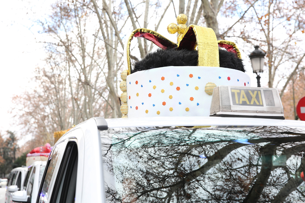 Los Reyes Magos viajan en taxi