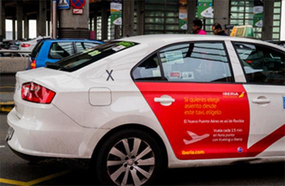 El puente aéreo se promociona en los taxis