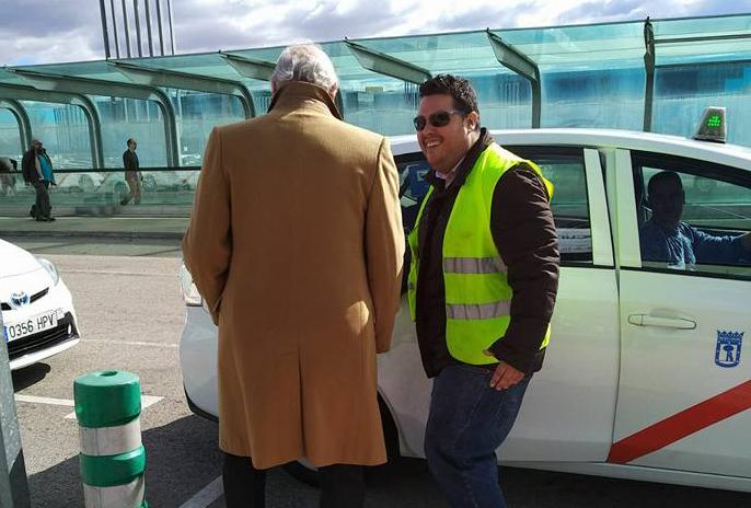 Taxistas voluntarios acuden a ARCO para dar mejor servicio