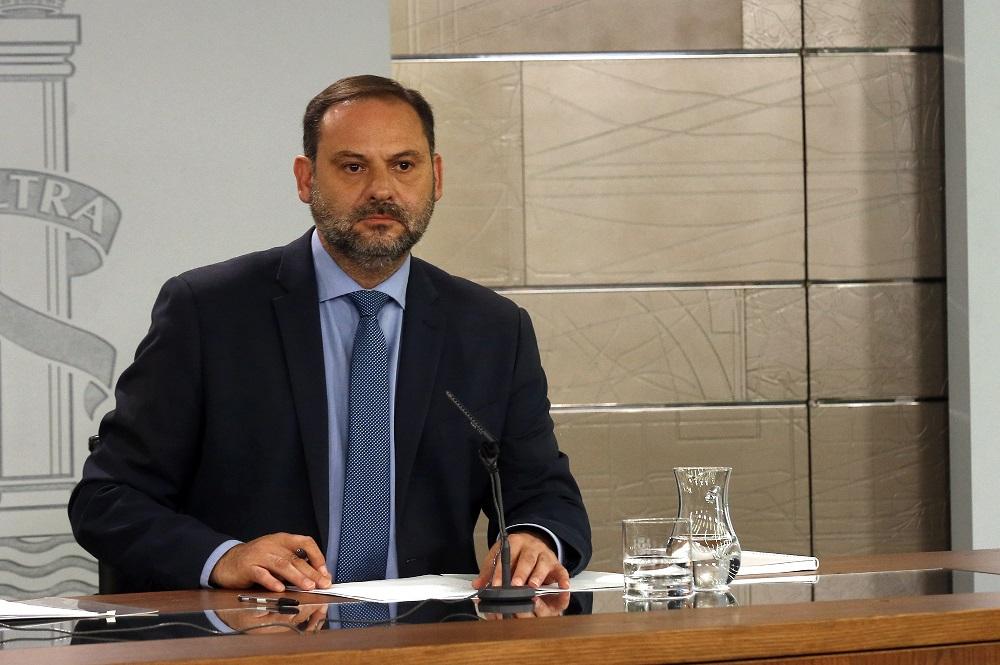 Fedetaxi exige a Ábalos que cumpla con el régimen sancionador de VTC