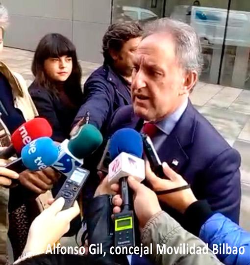 Bilbao respalda al taxi frente a Uber