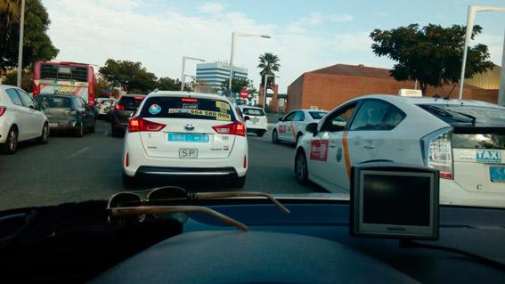 El taxi de Sevilla convoca un paro por el acceso al centro de las VTC