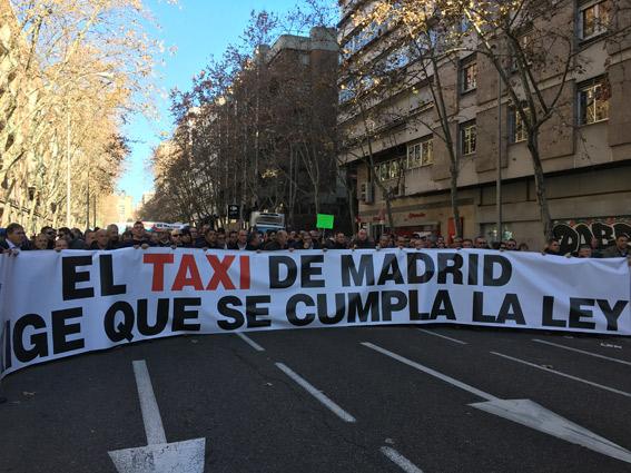 El taxi de Madrid se plantea una huelga indefinida
