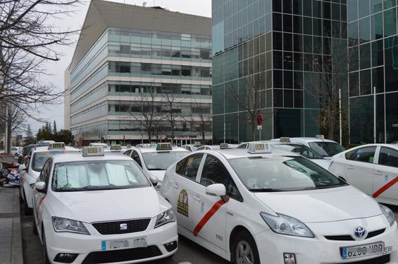 Llamamiento a los taxistas de toda España para que acudan a Madrid