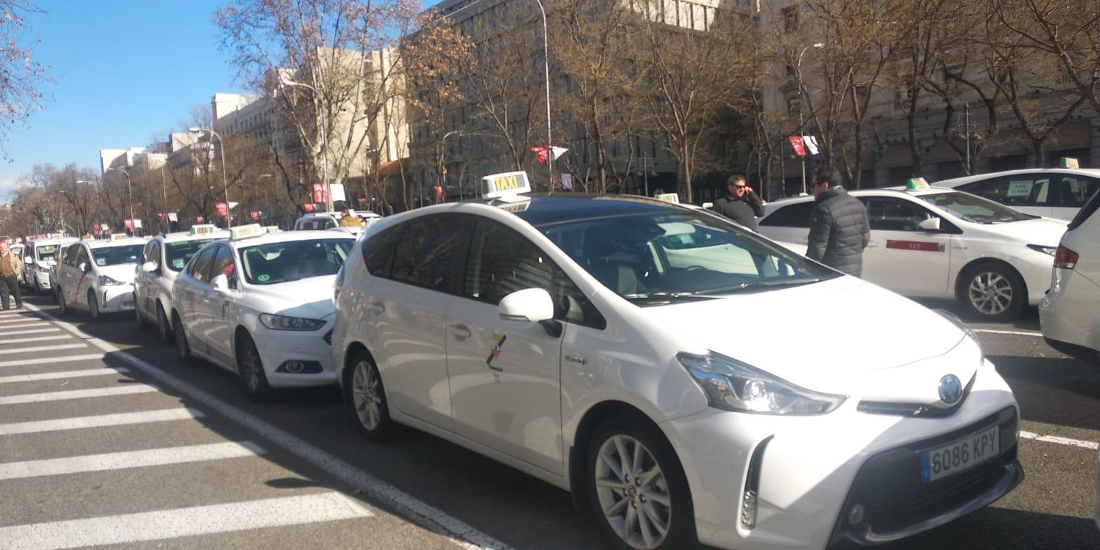 El taxi ocupa la Castellana