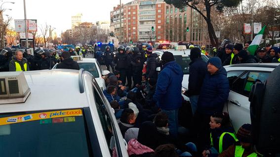 40.000 euros de multas durante la huelga del taxi