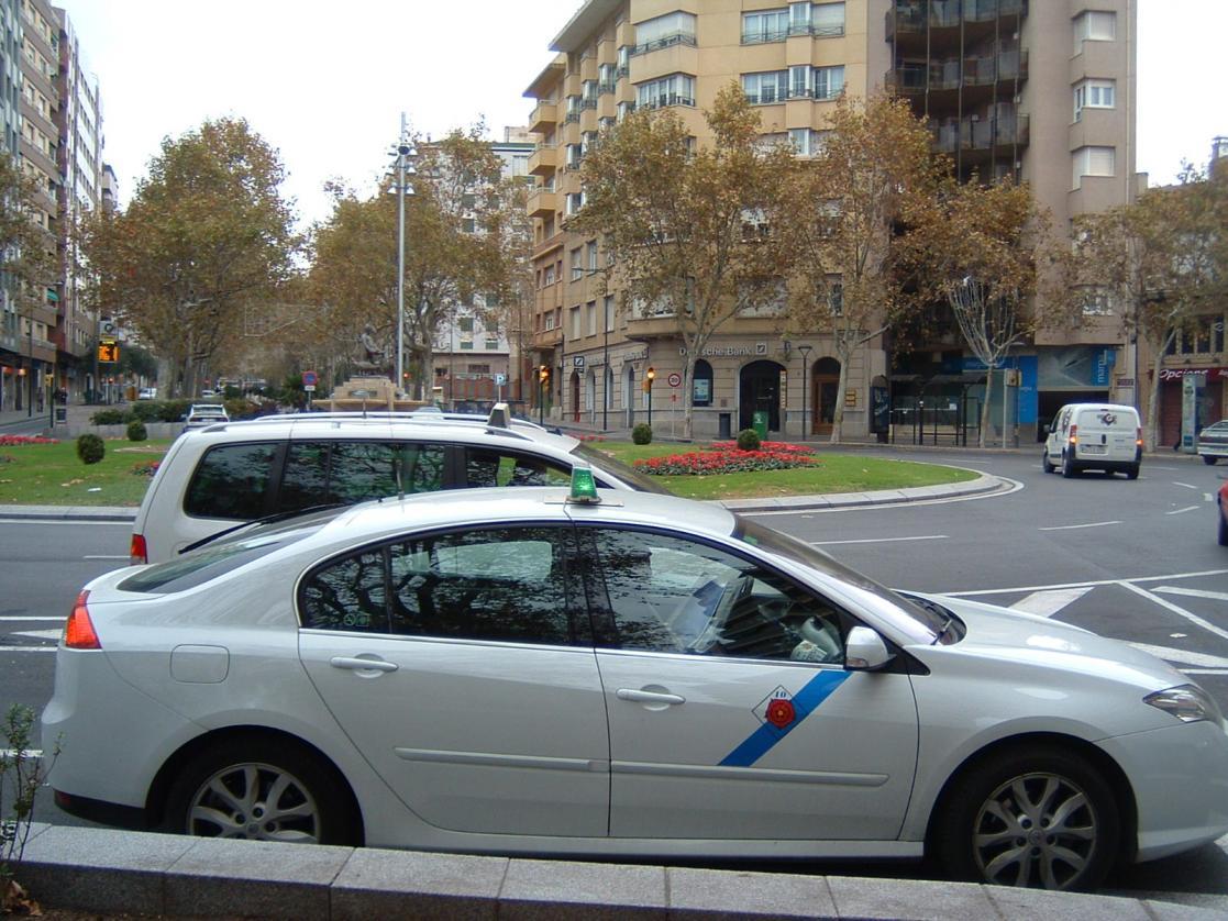 Petición de doce años de cárcel por apuñalar a un taxista