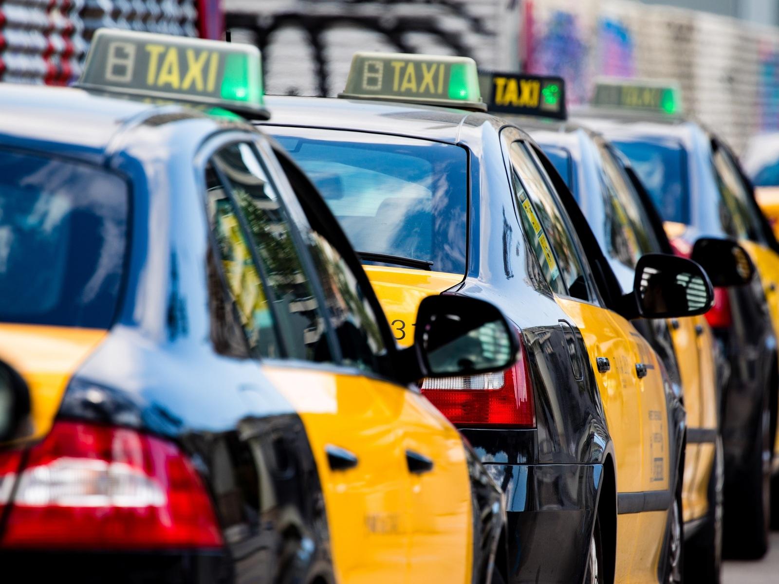 El IMET reclama a la Generalitat ayudas para los taxistas